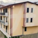Cod.San040 -  In zona centralissima, appartamento da ultimare con ingresso indipendente, ampio terrazzo e garage  € 80.000