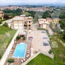 Cod.Hold089 -   Appartamento signorile in parco chiuso con veduta panoramica e piscina condominiale - € 145.000 - San Nazzaro