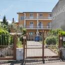 Cod.Hold.133 - Ampio appartamento con ripostiglio al primo piano - € 85.000