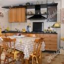 """Cod.Hold137 - Appartamento in mini condominio, con deposito di circa 50 mq rifinito tipo """"Tavernetta"""" - € 125.000"""