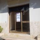 Cod.Hold140 - Locale commerciale con vetrina su strada - € 450,00