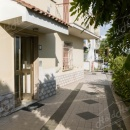 Cod.Hold.157 - Comodo appartamento al piano terra di tre vani e accessori - € 120.000