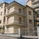 Cod.Hold156 - In zona centrale appartamento al piano primo in mini condominio - € 140.000