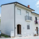 Cod.Hold.179 - Intera palazzina in zona tranquilla - € 78.000