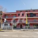 Cod.Hold.260 - Ampio appartamento di cinque vani e accessori con ripostiglio - € 150.000