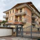 Cod.Hold.287 - Appartamento di quattro vani e accessori in ottime condizioni con garage - € 139.000