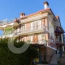 Cod.Hold.290 - Appartamento mansardato con  terrazzo e posto auto - € 90.000