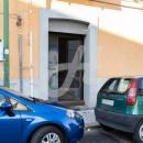 Cod.Hold.301 -Affitto  Locale commerciale a pochi passa dalla stazione ferroviaria - € 420,00