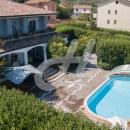 PIETRADEFUSI - Cod.Hold.194 - Elegante villa indipendente con giardino e piscina - Info in agenzia