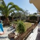 Cod.Hold.313 - Grazioso appartamento di tre vani e accessori con ampio giardino e garage - € 130.000