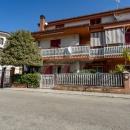 Cod.Hold.314 - Grazioso appartamento al piano terra con garage e spazio esterno confinante - € 105.000