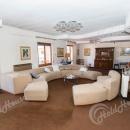 Cod.Hold.215 - Ampio e luminoso appartamento di quattro vani e accessori con garage - € 125.000