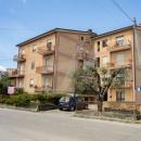 Cod.Hold.319 - Appartamento di tre vani e accessori con ripostiglio e garage - € 95.000