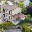 Cod.Hold.320 - Villetta indipendente su più livelli con spazio esterno - € 170.000