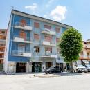 Cod.Hold.323 - Appartamento di quattro vani e accessori con vista sul viale Spinelli - € 105.000